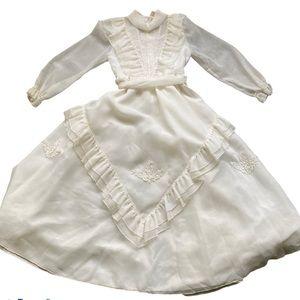Gorgeous Vintage White/Cream formal girls dress